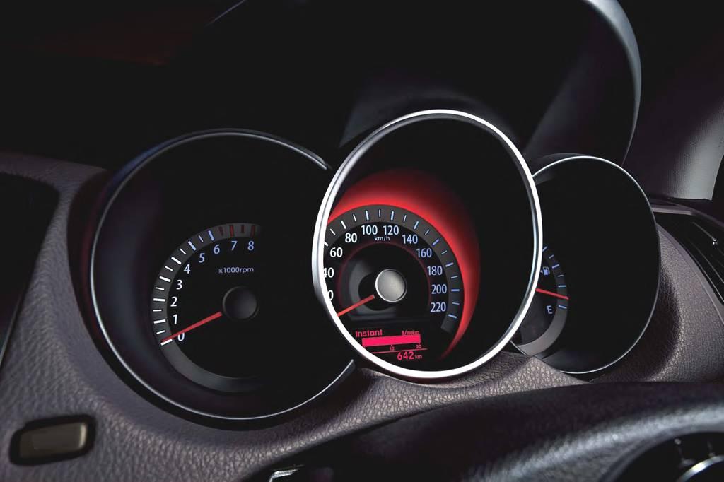 Продажа Kia Cerato (Киа Серато) в России